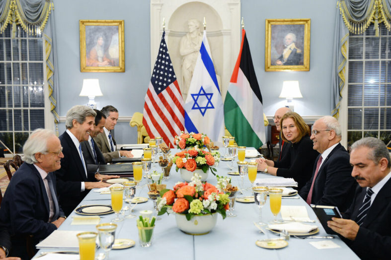 """What to Do When Negotiations Are Premature: Learning From the 2013-2014 """"Kerry Initiative"""" in Israel/Palestine"""