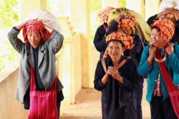 Women's Ethnic Organizations, Representation, and Informal Peacebuilding in Myanmar
