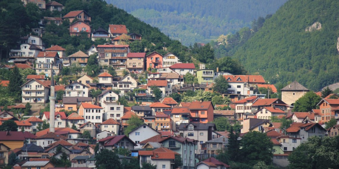 From Dialogue to Broader Societal Change in Bosnia-Herzegovina