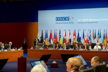 INTERNATIONAL ORGANIZATIONS: Working Together (or Not) in Peacebuilding and Civilian Crisis Response